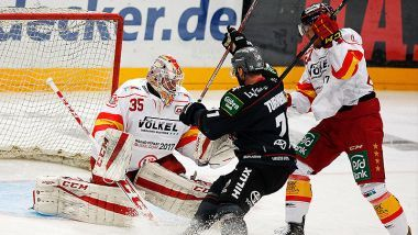 DEG wahrt nach Derbysieg Playoff-Chance