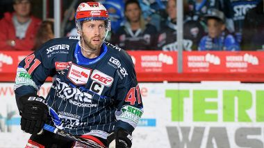 Ice Tigers holen Will Acton aus Schwenningen